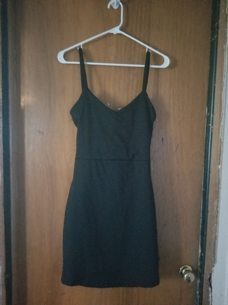 Little black dress size 6