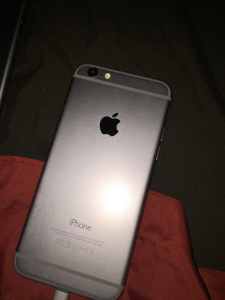 4 iPhone 6 32GB