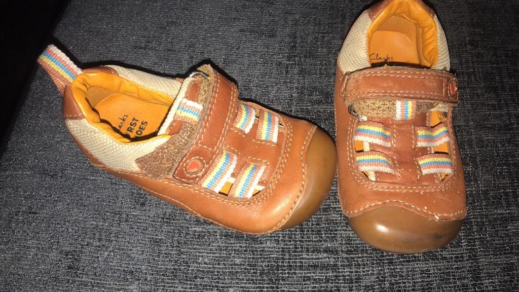 Genuine boys Clark's shoes size 4G