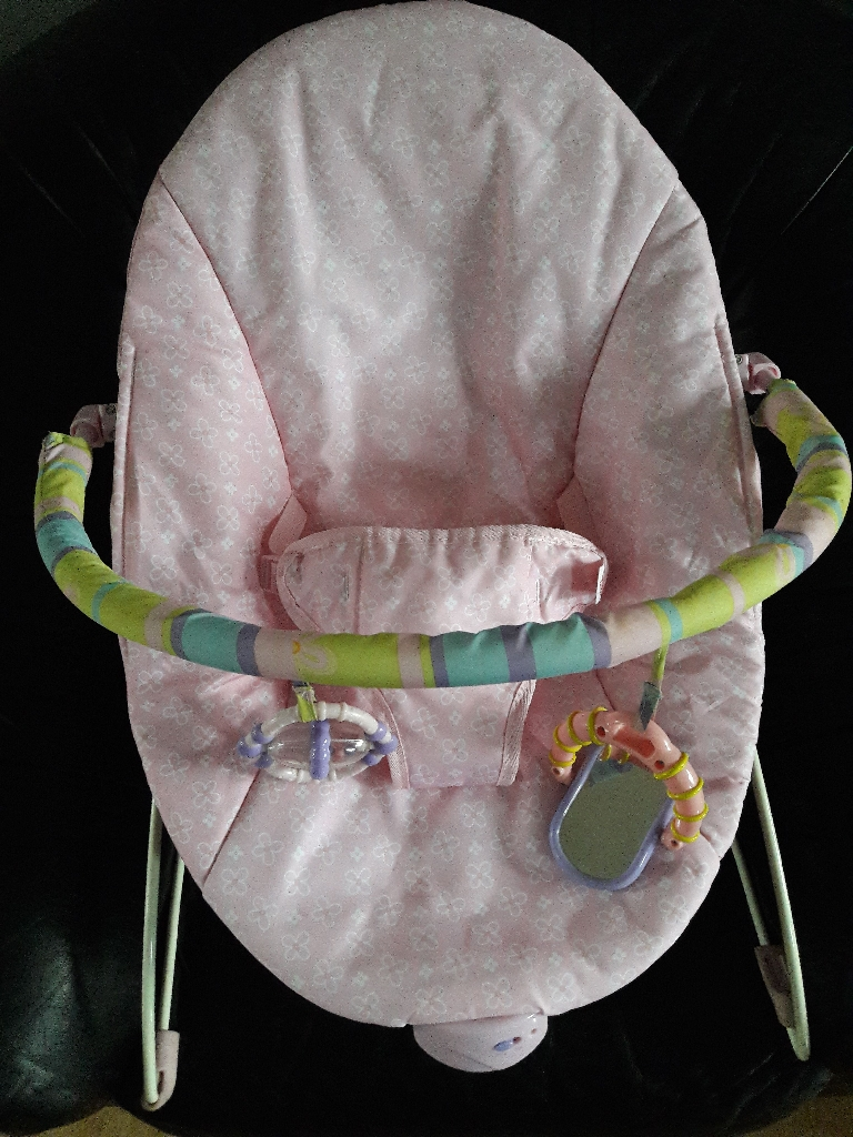 Baby Bouncer Chair with calming vibration