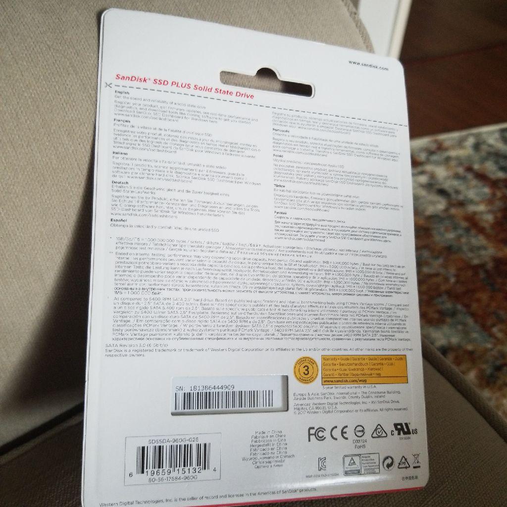 """SanDisk SSD PLUS 960GB Internal SSD - SATA III 6 Gb/s, 2.5""""/7mm - SDSSDA-960GB-G26"""