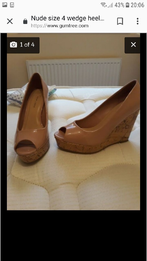 Size 4 wedges