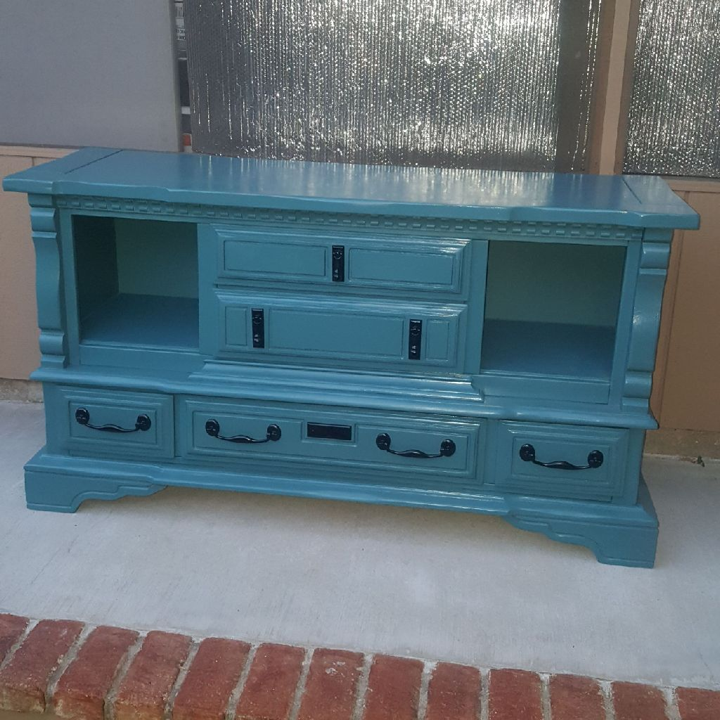 JUNIPER BERRIES BLUE BUFFET CABINET