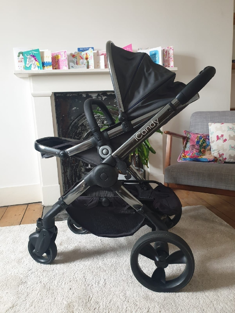 I candy peach carry cot, push chair and accessories