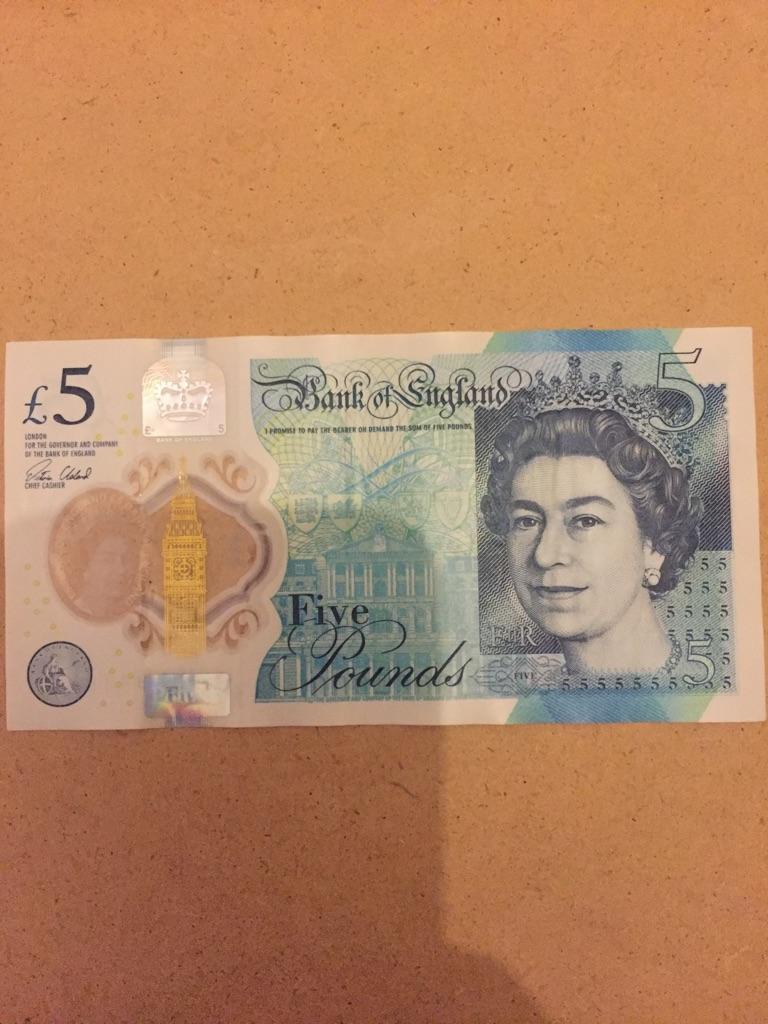 5 pound note AK47. 941876