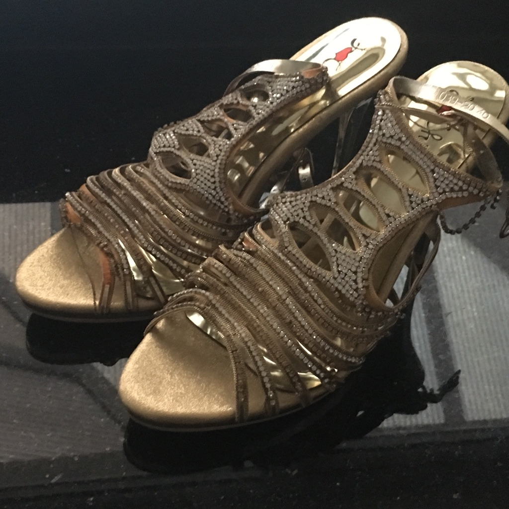 Brand new shoes £10.00