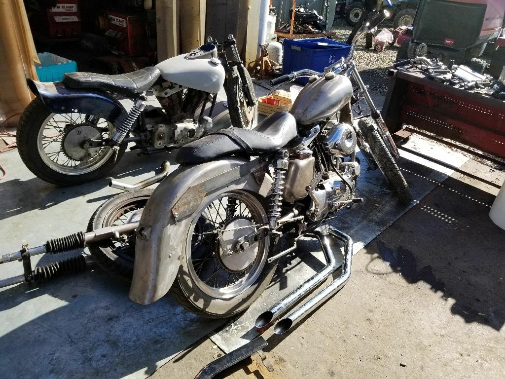 1971&72 harley  fuel:gas transmission:manual  1971 & 72  Harley Davidson sportster ironheads