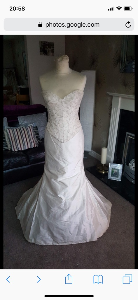 Wedding dress size 8, cup size A