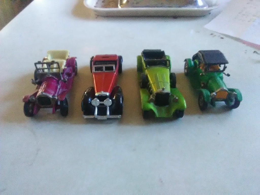 4 matchbox cars models of yesteryear cars  no holds