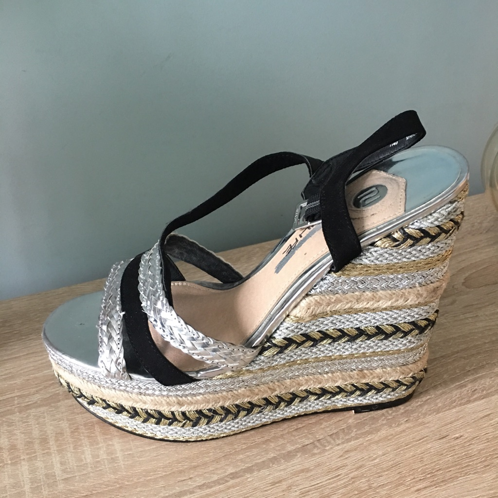 River island wedge sandals