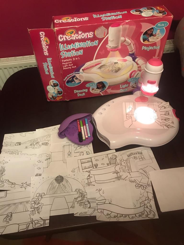 Fantastic children's Crayola Creations illumination Station