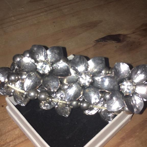 Heavy silver and diamanté Elasticated Bracelet