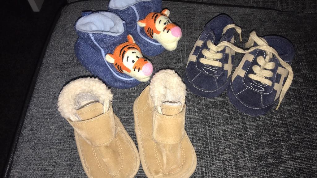 Various baby boys shoes job lot not splitting up
