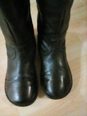 WOMAN'S fatface leather boots size 38