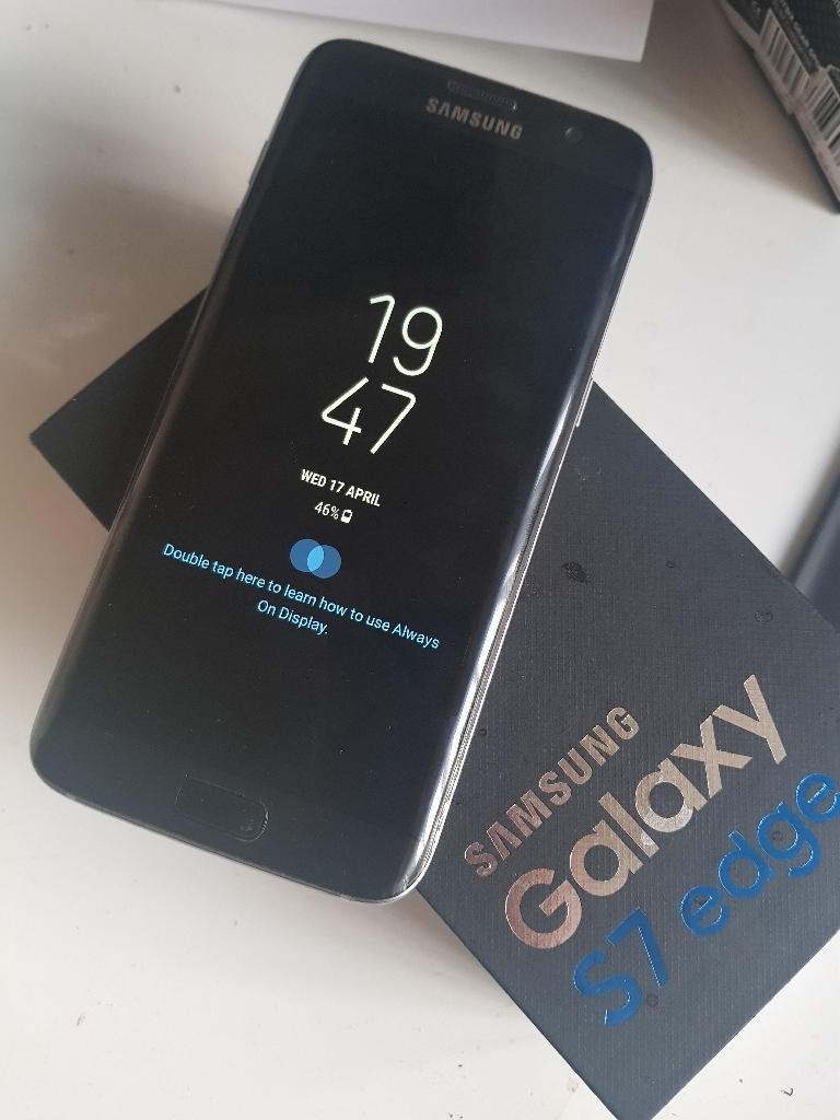 Samsung Galaxy S7 Edge Boxed