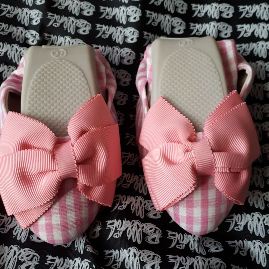 Size 37(4) pink gingham fold up shoes