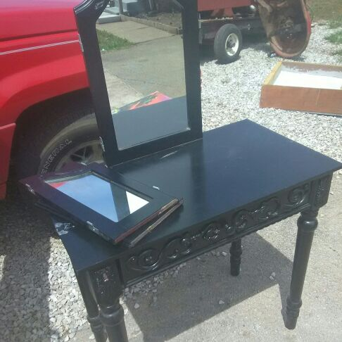 Black wooden furnished vanity