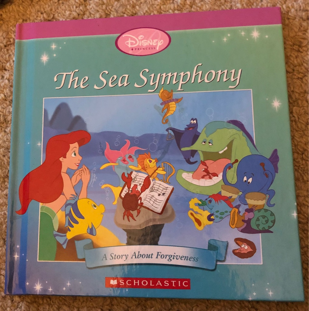 CHILDS DISNEY THE SEA SYMPHONY BOOK