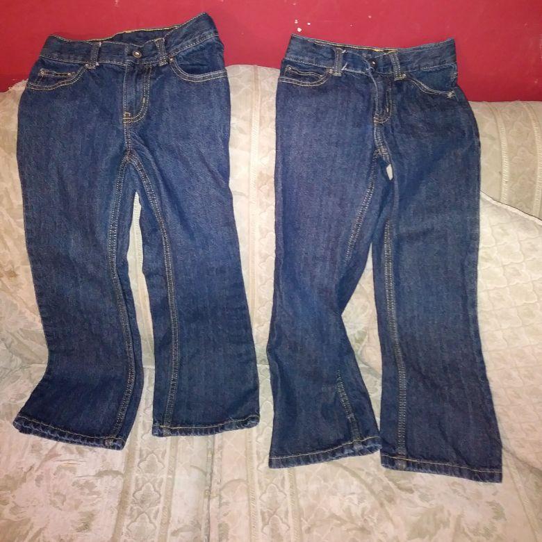 2 Pars Boys Size 7R Jeans
