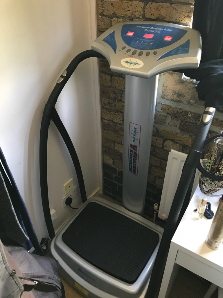 Medicarn Vibrating Powerplate machine