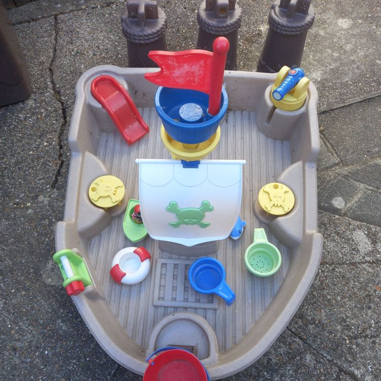 Little Tikes water pirate ship 🏴☠️