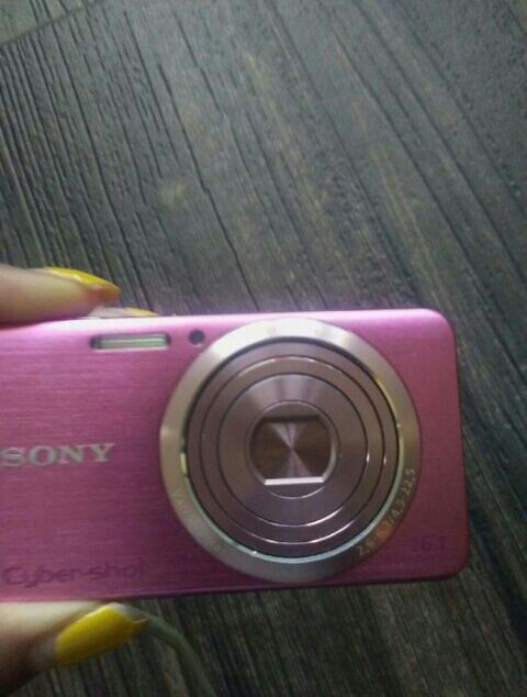 Sony cybershot camera 16.1 megapixels pink