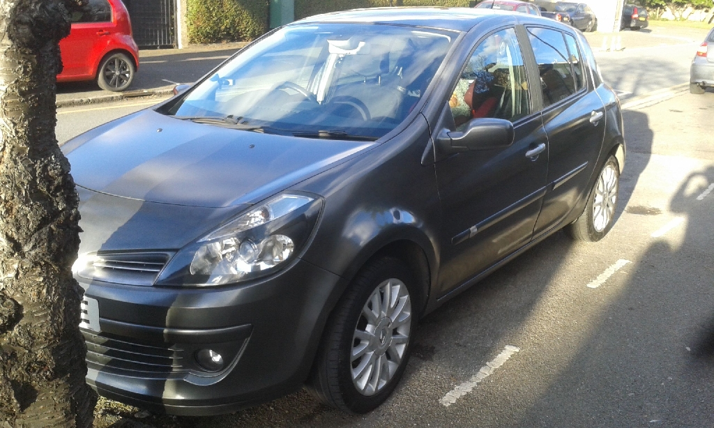 Renault Clio Dynamique 1.4L 16v Manual Sparkling Black