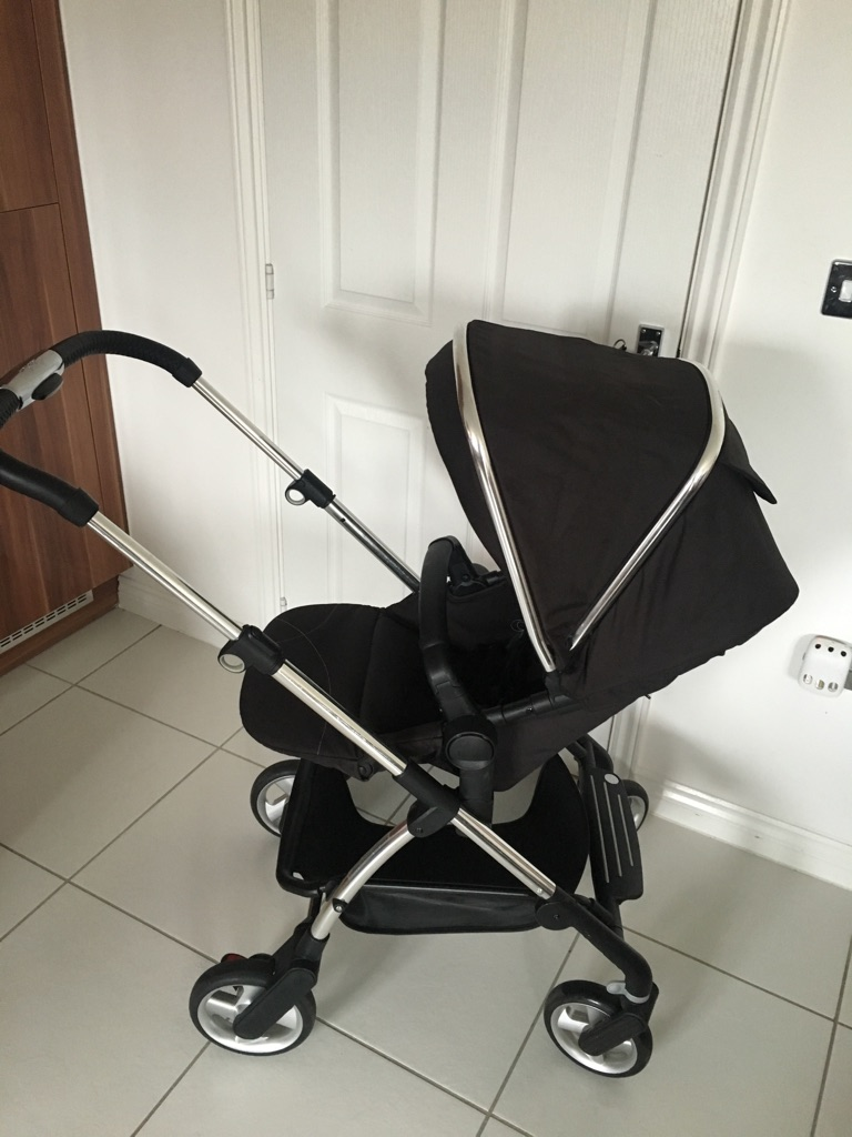 Silvercross Wayferer pushchair and carrycot with matching car seat