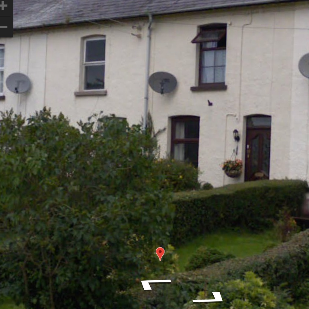 For Rent BALLYGOWAN Mid Terrace Cottage £525 per month