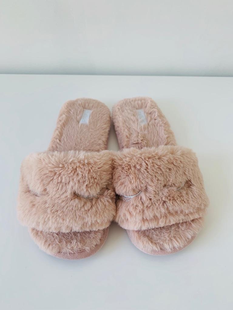 Pinky Fluffy Slipper, Lady 38-39-40
