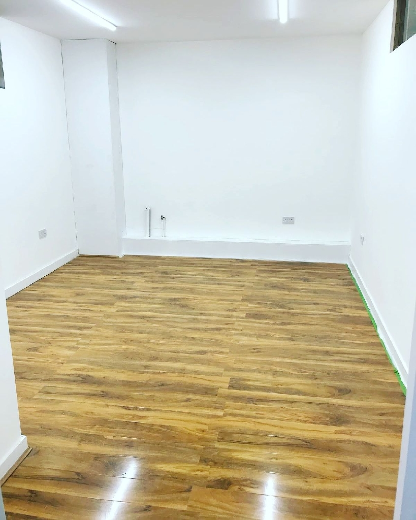 Brand new fresh office space to rent.