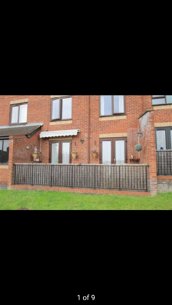 2 Bedroom Flat, Rushden, Rectory Road