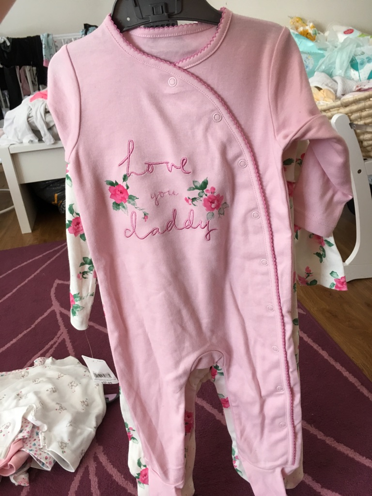 6-9 months sleepsuits
