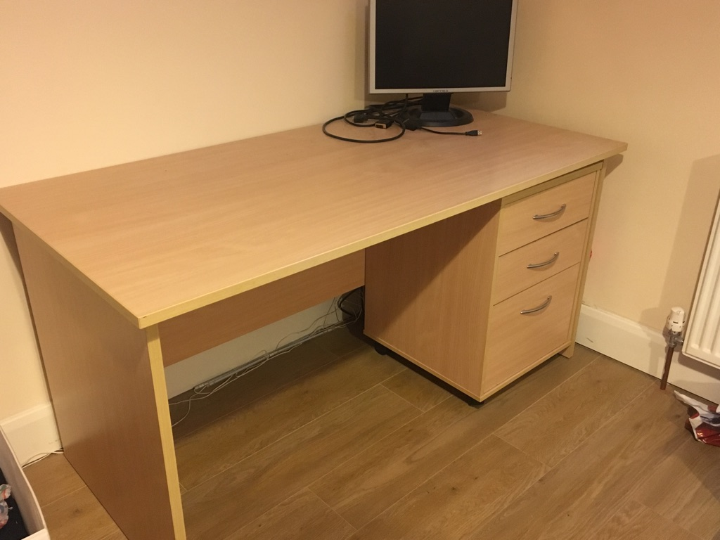Desk and Drawer unit for sale (pick up only - Chalk Farm)