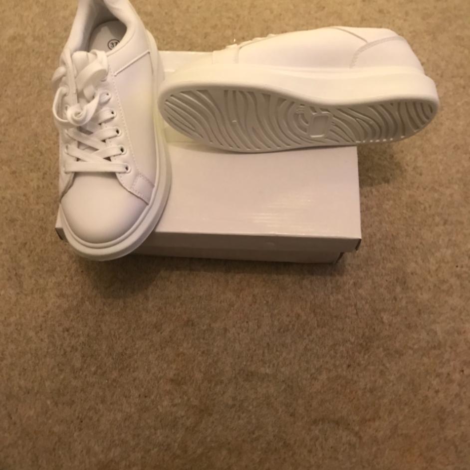 White platform sneaker (4)
