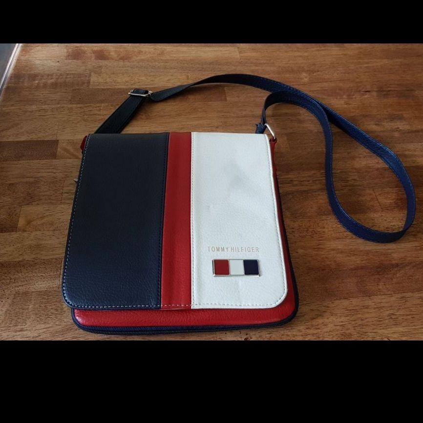 Designer Style Cross Body Bag