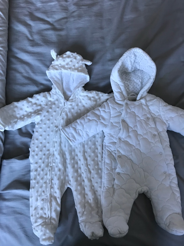 2 x 0-3 month baby snowsuits