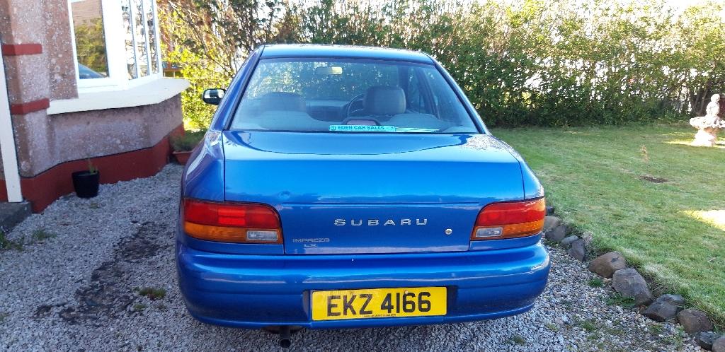 Subaru Impreza LX 2001