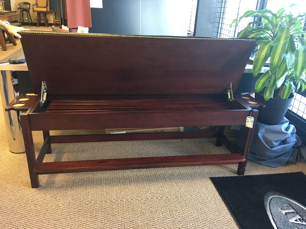 Brand New Winslow Ff1009 Storage Bench