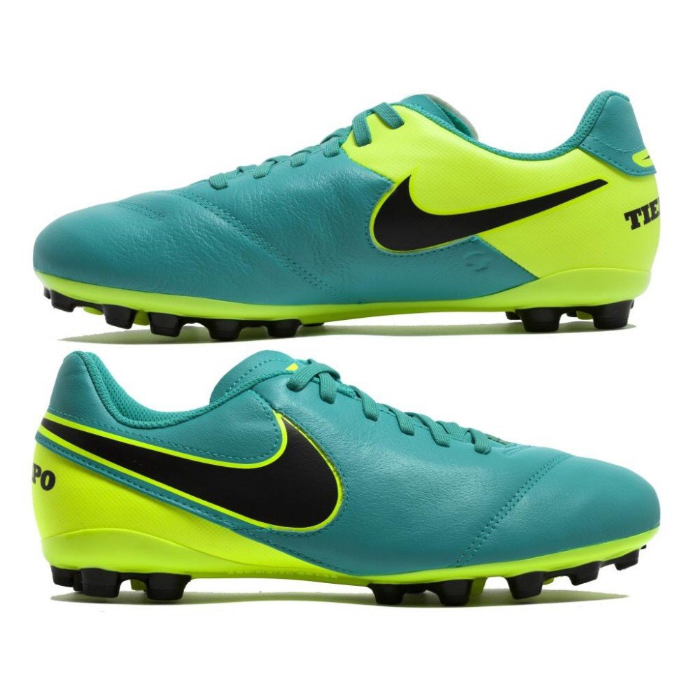 finest selection 3749a 10af3 Nike tiempo football boots