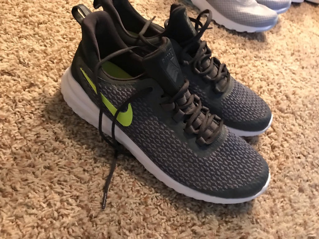 Nike running shoes sz11