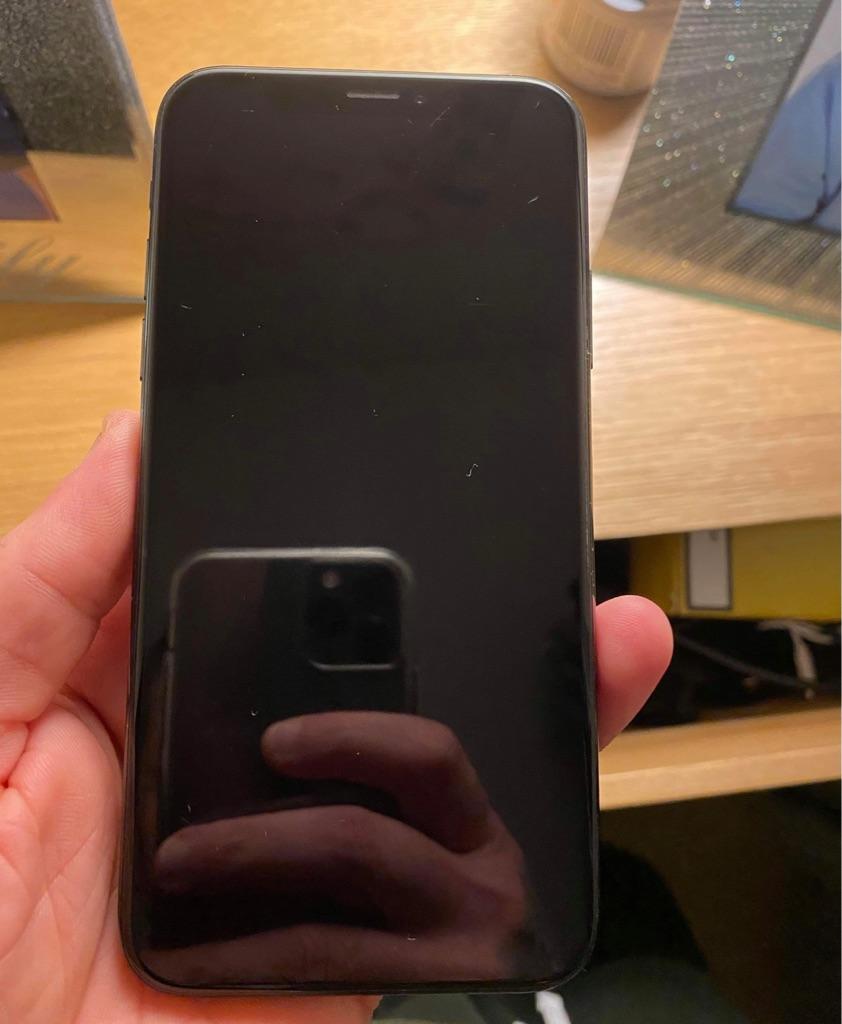 iPhone XS unlocked in original box with unused accessories