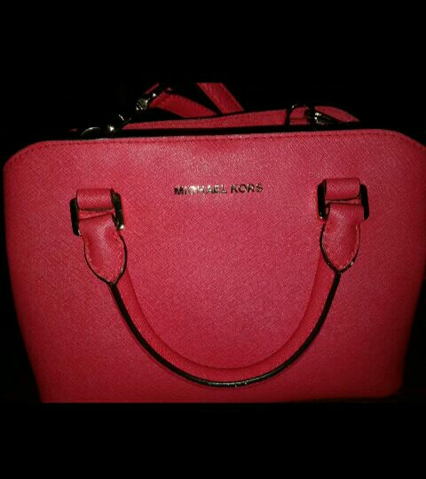 Coral MK Purse (NEEDS TO BE GONE TODAY)
