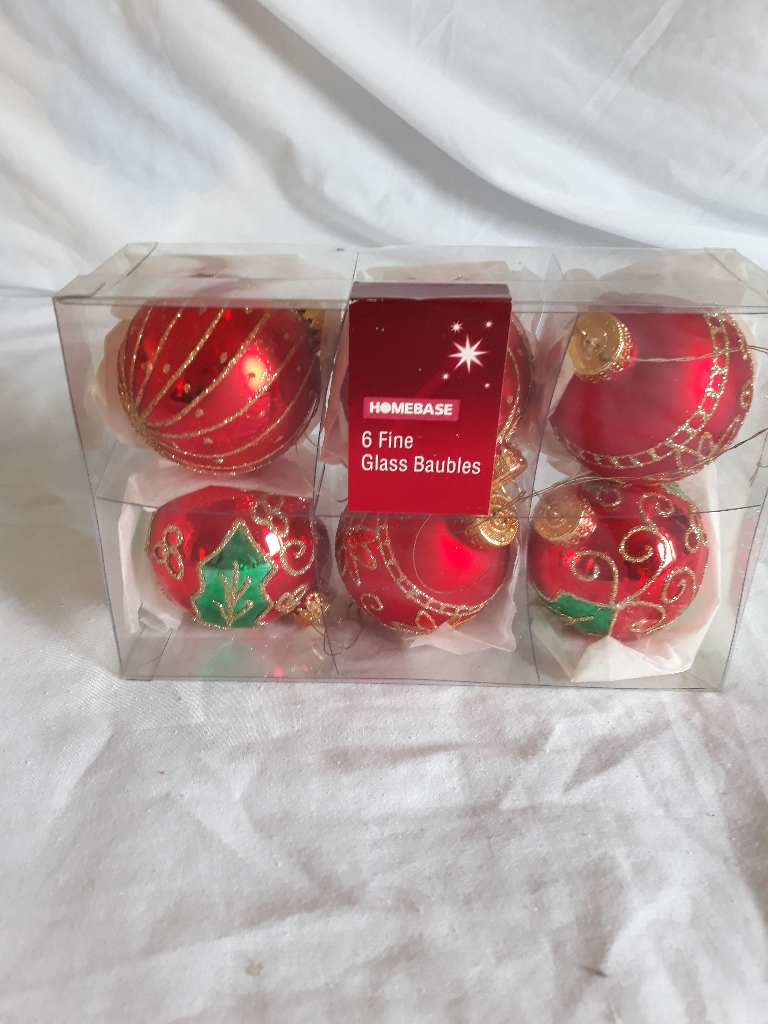 6 Fine Glass Baubles