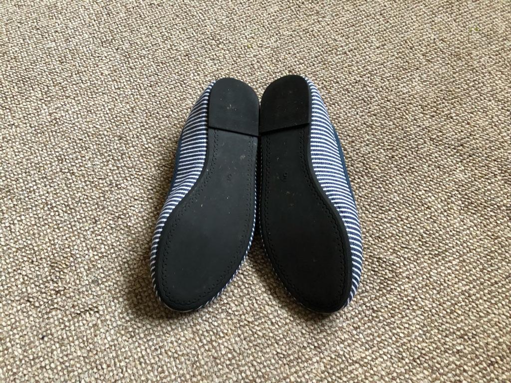 Ladies shoes size 5 flats