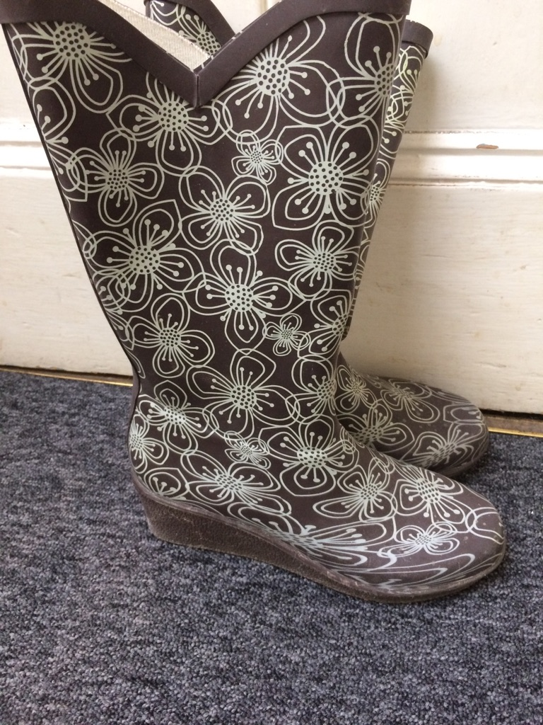 Size 5 women's wellies