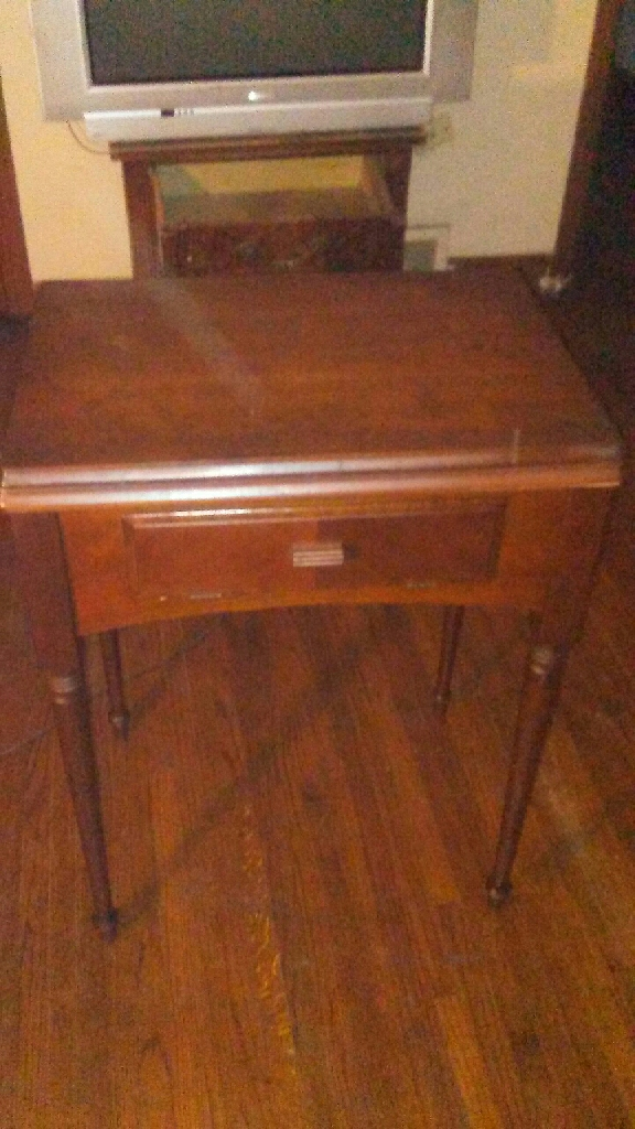 1944 singer sewing machine table