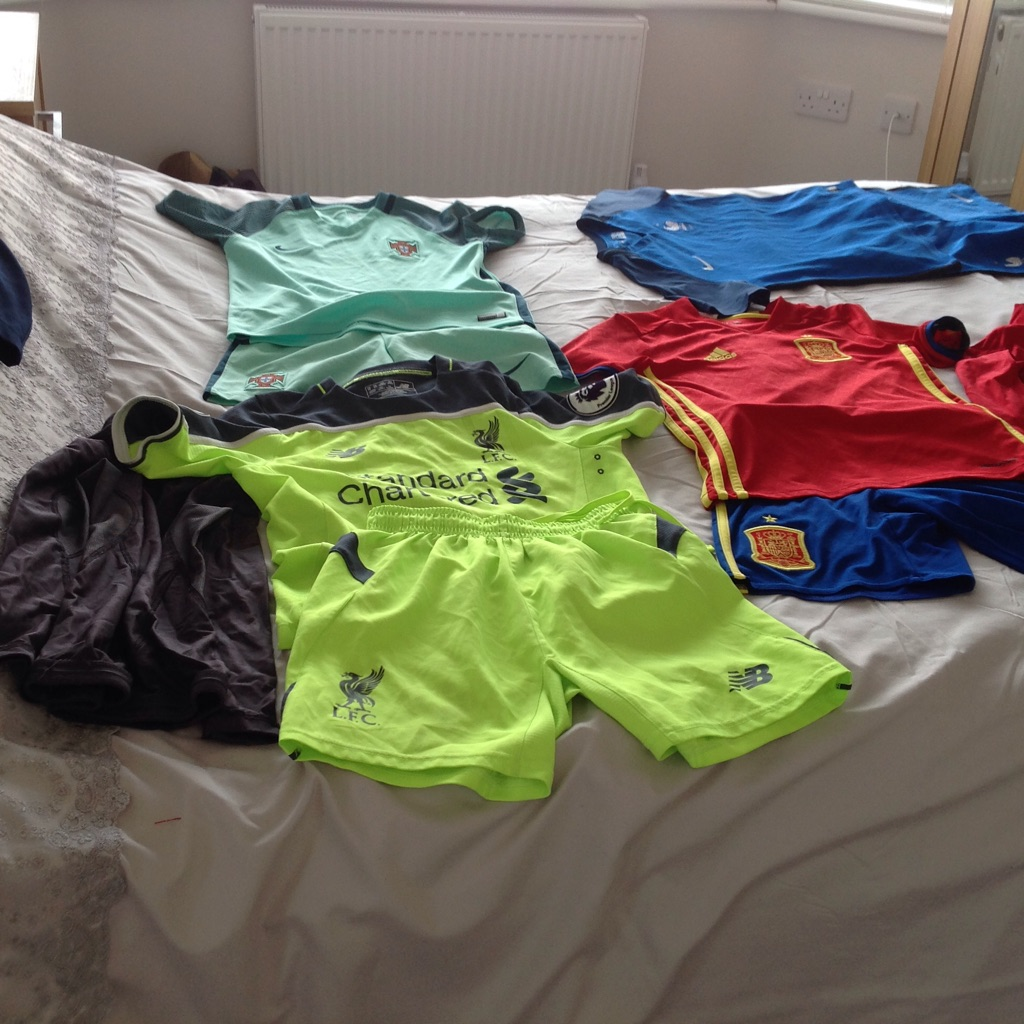 Bundle of kids football kits - fit age 7/8