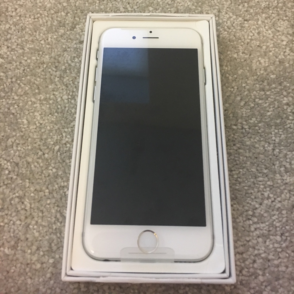 iPhone 6 in 64GB - UNLOCKED and Brand New