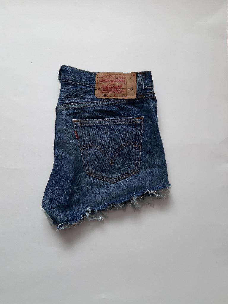 Levi's 501 reworked blue denim cutoff shorts waist 33
